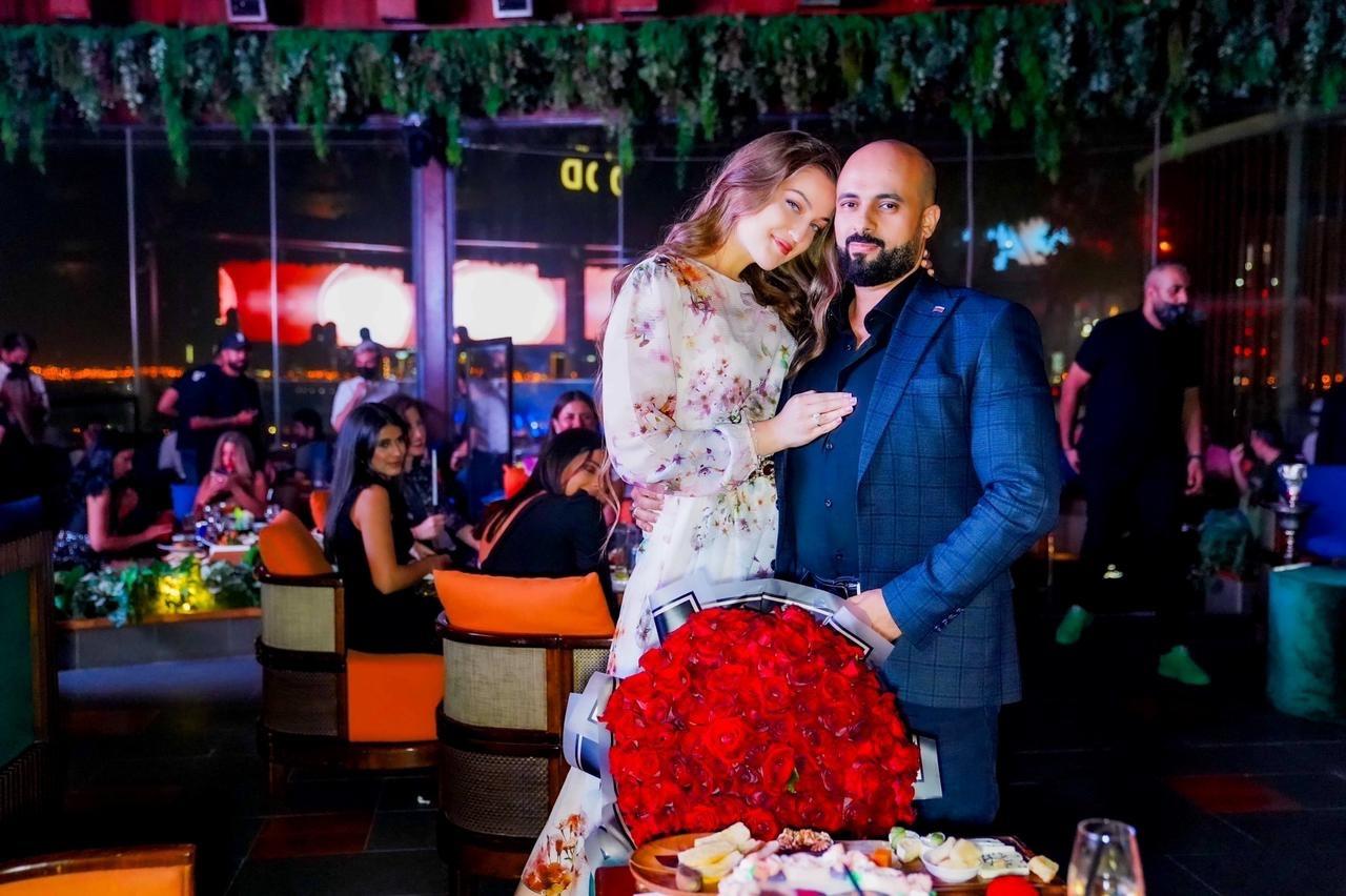Доктор Сами Аль-Хелали с женой из Сибири, медицинская конференция в Каире, в Королевстве Марокко.